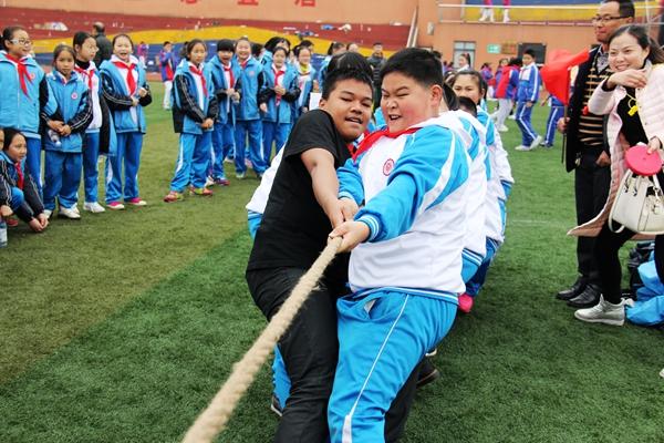 举行2015蒲江县全民健身运动会暨中小学生综合运动会